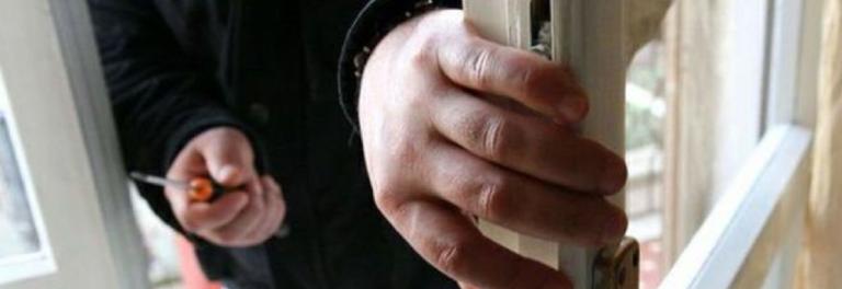 Rischio furti in casa: consigli per difendersi durante le vacanze estive